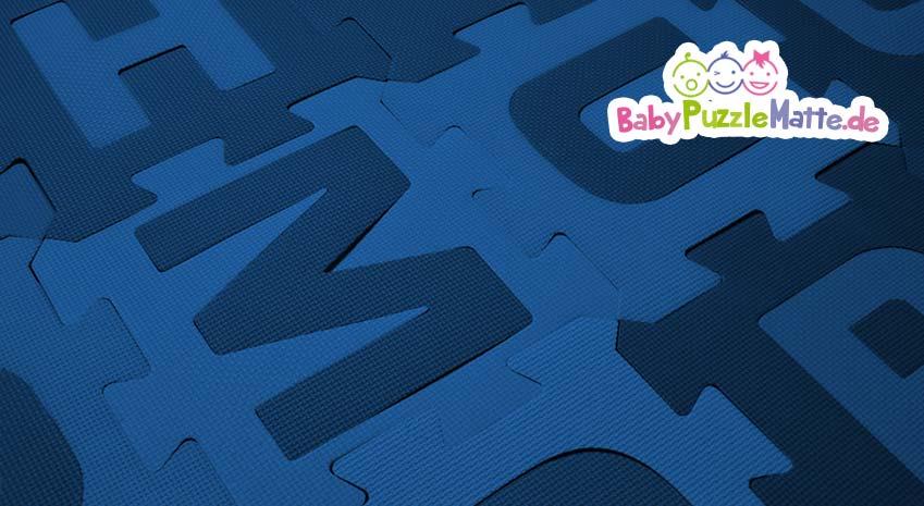 Farblich angepasste Puzzlematte blau